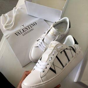 Valentino Garavani white sneakers